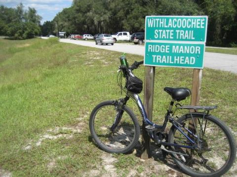 Ridge Manor trailhead